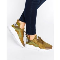 NikeHuarache Run Ultra Sneakers In Khaki - Green