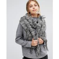 PiecesSciarpa lunga in maglia con nappe - Nero