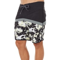 QuiksilverCrypt Scallop 18 Mens Boardshort Black