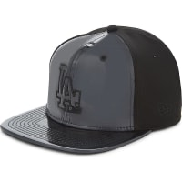 New Era9FIFTY LA Dodgers Patent Snapback Cap, Mens, Size: Medium/Large, Black