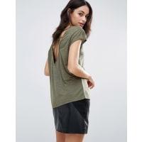 Vero ModaT-Shirt mit Gitterdesign und Ring hinten - Grün