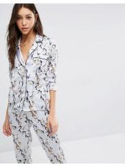 Vero ModaSatin Pyjama Style Blouse In Floral Print - Blue