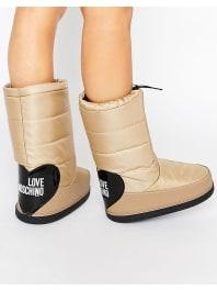 Love MoschinoBeige Snow Boots - Beige 104