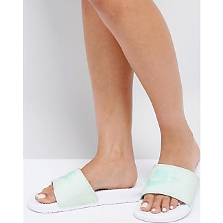outlet store e0607 061d0 Nike Pastel Benassi Sliders in Green - Green