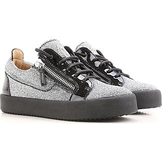Chaussures De Sport Pour Les Femmes, Gris, Cuir Velours, 2017, 36 37 38 40 Le Coq Sportif