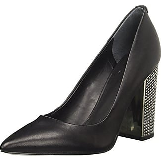 Womens Ridley3 Closed Toe Heels Guess