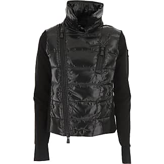Black puffer ski jacket
