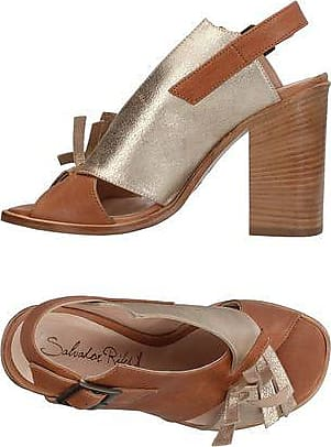 Chaussures - Mules Salvador Ribes XnCrlw