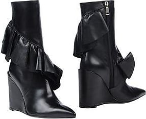 Wedged Ruffle Boots Spring/summerJ.W.Anderson