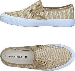 FOOTWEAR - Low-tops & sneakers Kharisma