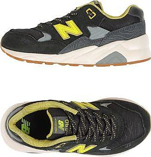 1550 HIGH VIZ PACK - CHAUSSURES - Sneakers & Tennis bassesNew Balance
