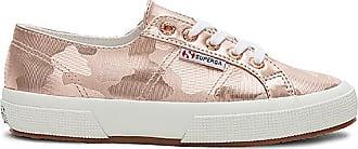 2750 Classic Sneaker in Cream. - size 10 (also in 6,7.5,8,8.5,9.5) Superga