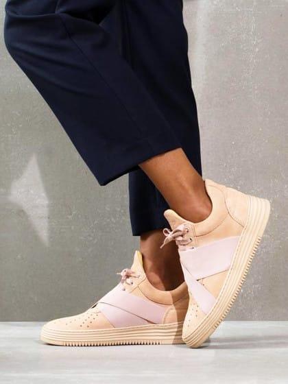 Immer adidas und Nike ist doch langweilig: Mit diesen Sneakern fallt ihr mal richtig auf