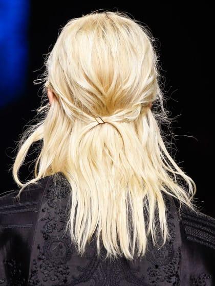 Das sind die besten Shampoos für blonde Haare!