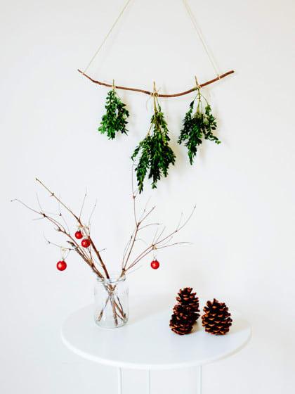tischdeko weihnachten 13 coole einfache tipps stylight. Black Bedroom Furniture Sets. Home Design Ideas