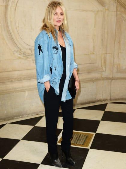 Das sind 10 schönsten Outfits mit Jeanshemd