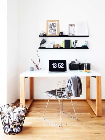 arbeitsplatz einrichten mit diesen tipps geht 39 s ganz easy stylight. Black Bedroom Furniture Sets. Home Design Ideas