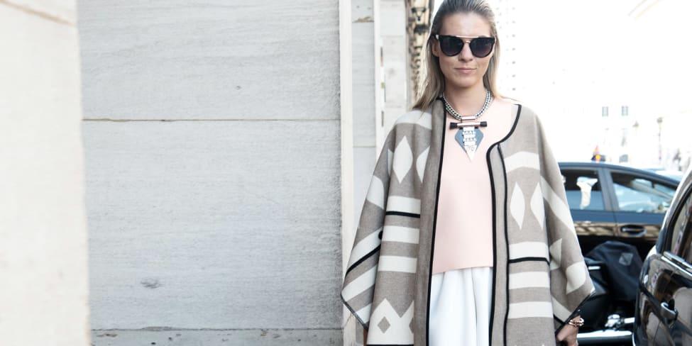 Come indossare il poncho e stare al caldo con stile