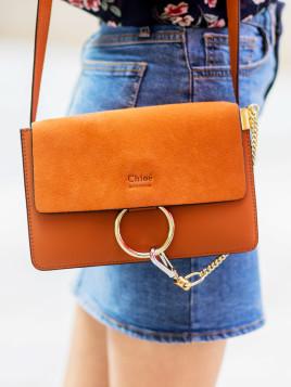 Kleine Chloé-Tasche mit sicherer Schließe.