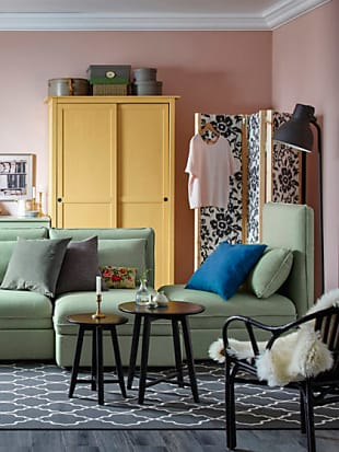 6 ideen wie du kosmetik aufbewahren kannst stylight. Black Bedroom Furniture Sets. Home Design Ideas