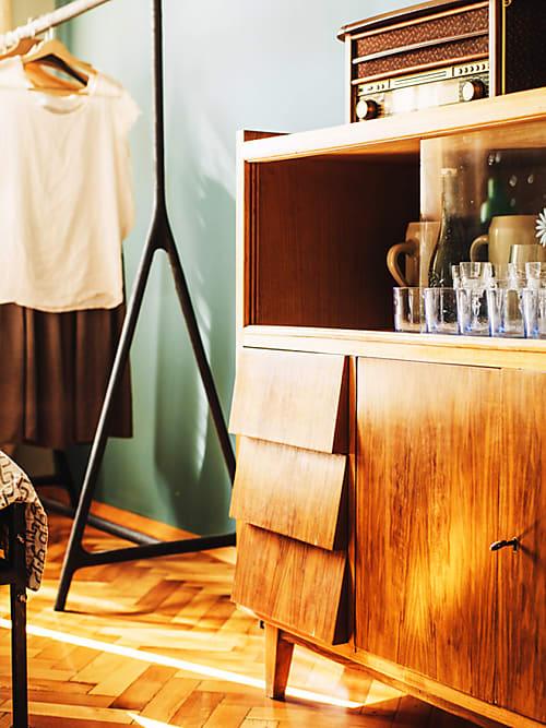 vintage wohnen die besten tipps und m bel stylight. Black Bedroom Furniture Sets. Home Design Ideas