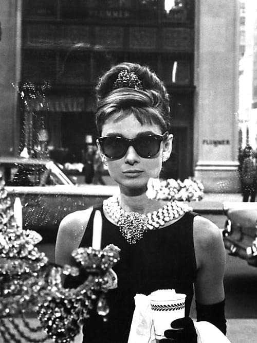 Givenchy Ausstellung: das Kleid aus Frühstück bei Tiffany | Stylight