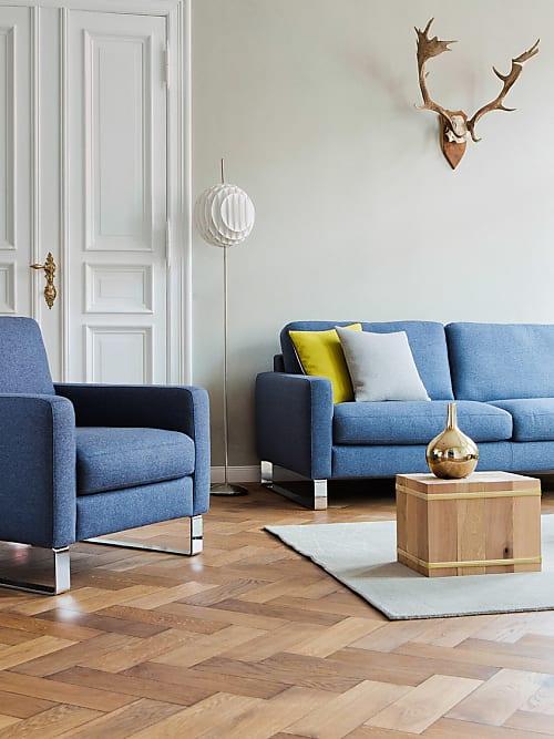 Sofas Für Kleine Räume nimm platz trendige sofas sessel und bänke stylight