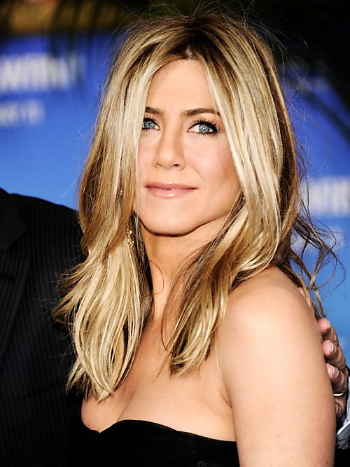 jennifer aniston frisuren so stylst du sie nach stylight. Black Bedroom Furniture Sets. Home Design Ideas