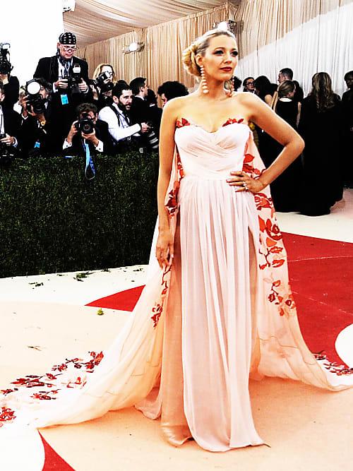Wow-Kleider-Alarm: Die schönsten Star-Kleider der Met-Gala | Stylight
