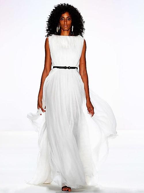 Wir wollen ein Brautkleid aus der Dimitri Show | Stylight