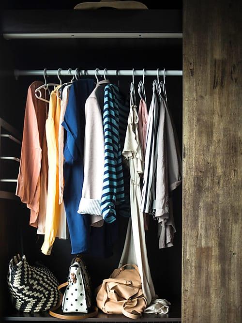 Schrank Richtig Einräumen » Tipps Für Mehr Ordnung | Stylight
