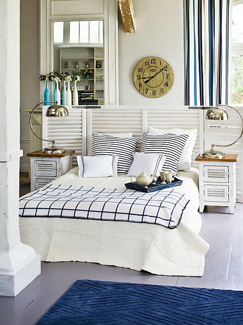 Come arredare la casa al mare con le decorazioni navy for Camera da letto decorazioni