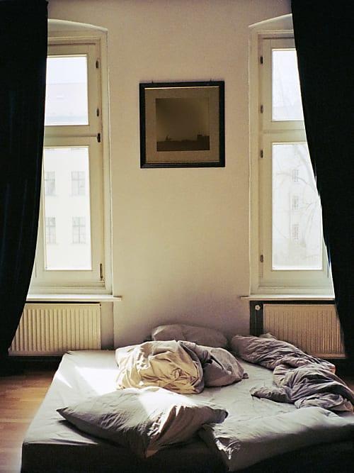 9 dinge die sofort aus deiner wohnung fliegen sollten die du garantiert besitzt stylight. Black Bedroom Furniture Sets. Home Design Ideas