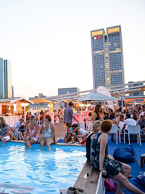 Das sind die 20 besten Rooftop-Bars in der DACH-Region