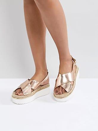 ASOS DESIGN - Thear - Sandalen mit flachem Plateauabsatz - Gold