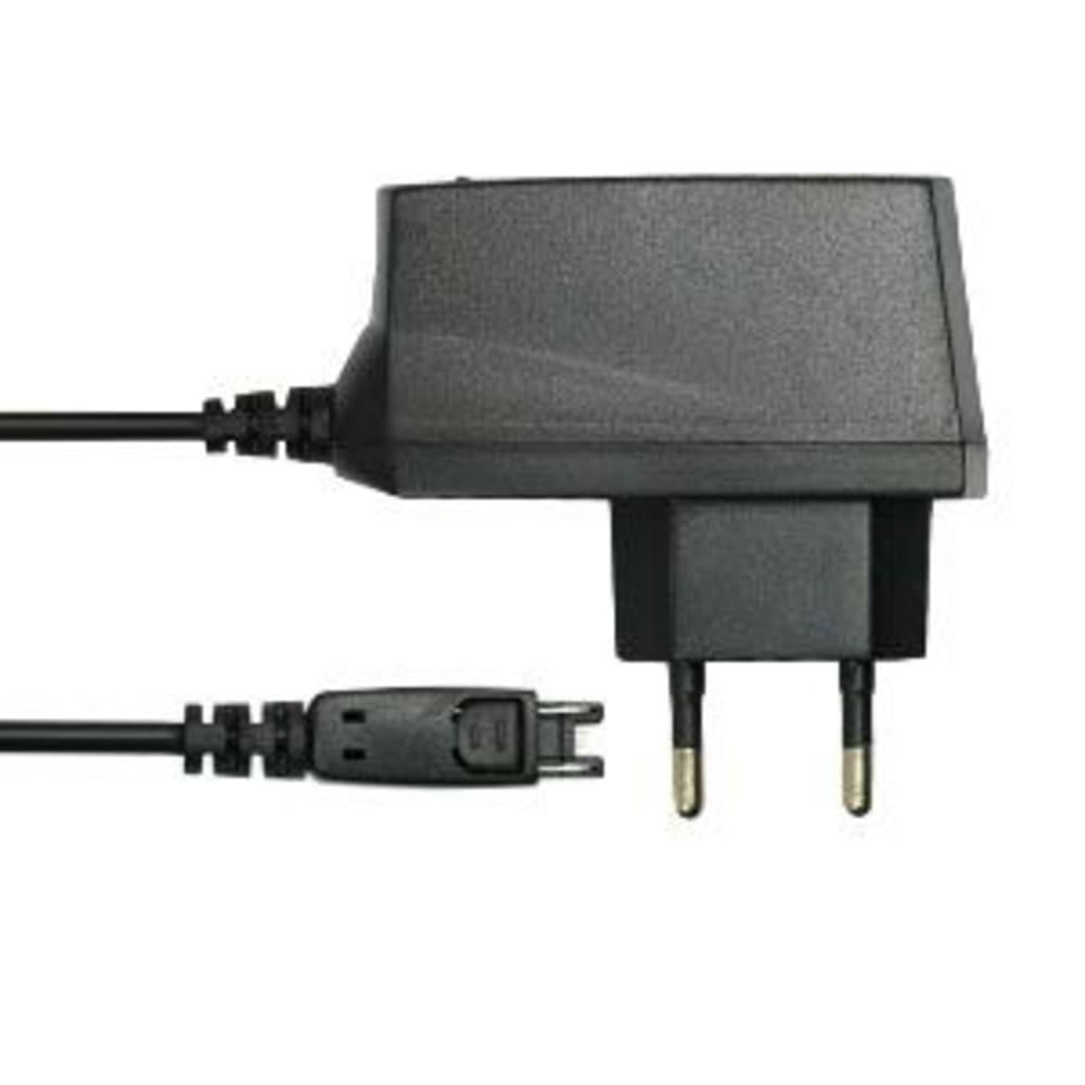 subtel® Connector mobil-laddare för Motorola V70, V80, V300, V500, V525, V550, V600 / E398, E1000 / A835, A1000 med 2.5W 0.5A / 500mA - adapter för mobiltelefon med 1.5m kabel