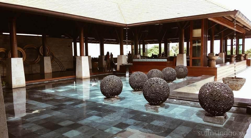 2016 04 shangrila reception balls