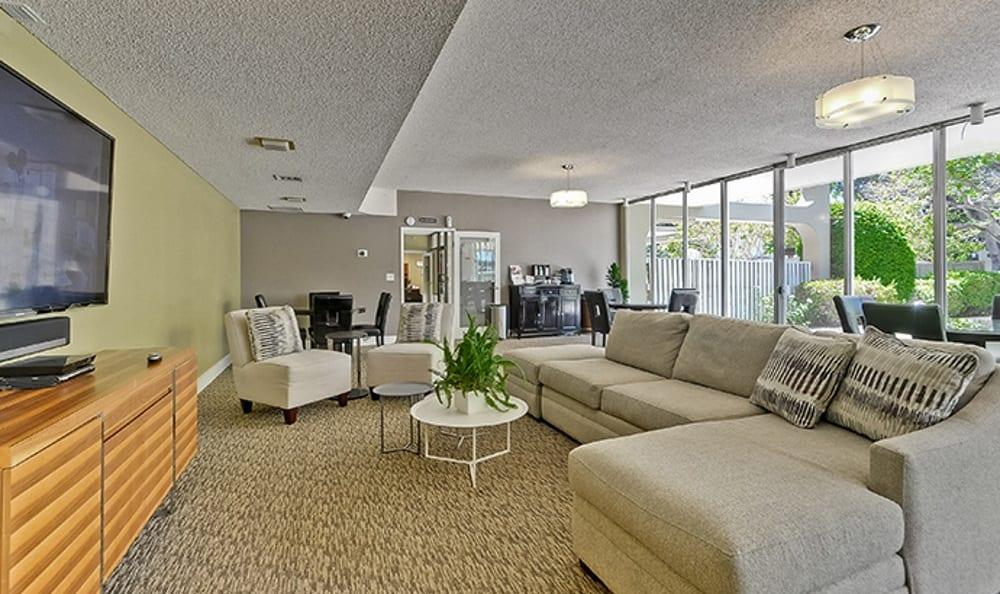 Palo Alto Suites