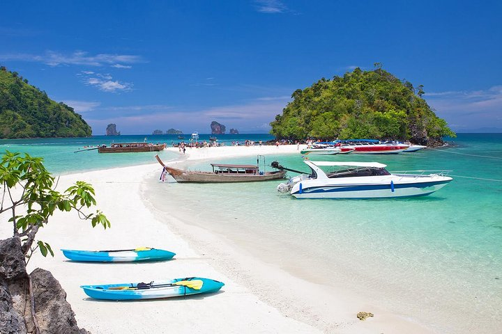 4 Island by speedboat