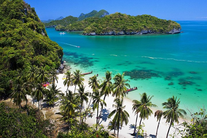 Angthong National Park with Kayaking and Snorkeling by tour Boat