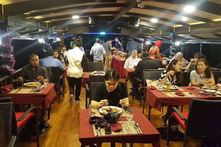 Arena River Cruise Tour including Dinner from Bangkok with Transfer