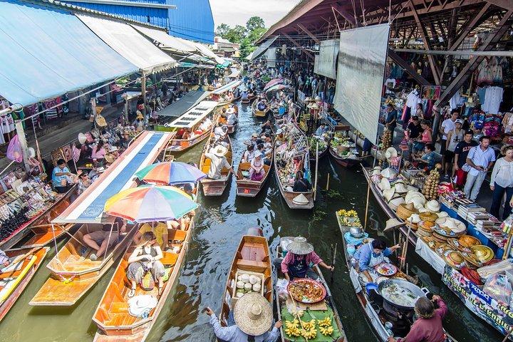 Bangkok Floating Market Tour with Elephant Theme Show and Crocodile Farm