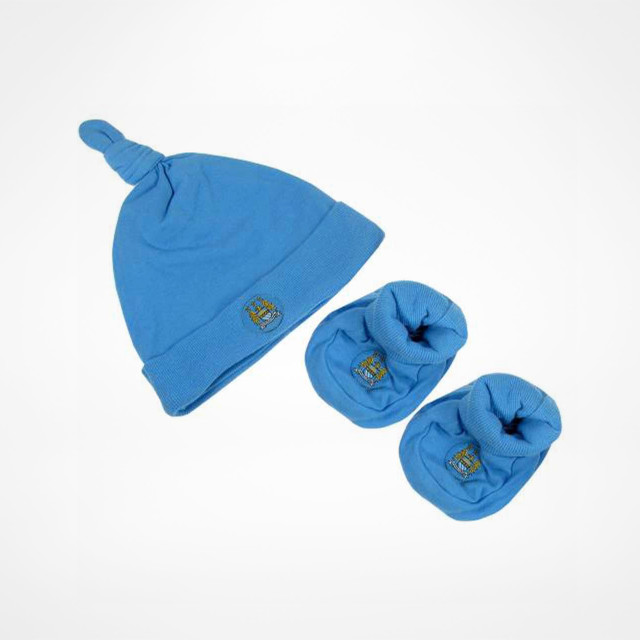 887e59af169 Manchester City Baby Hat & Booties Set - SupportersPlace