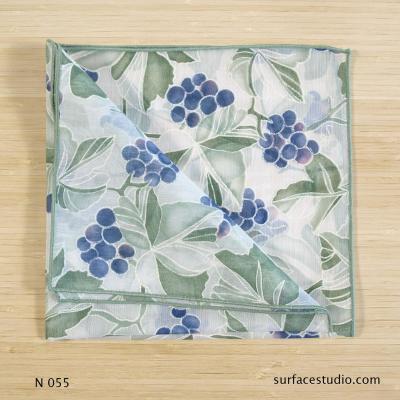 N 055 Green Blue White Floral Patterned Napkin