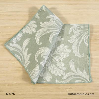 N 076 Light Green Floral Patterned Napkin