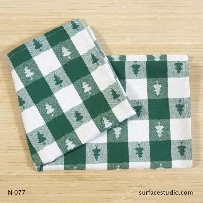 N 077 Green White Checkered Napkin