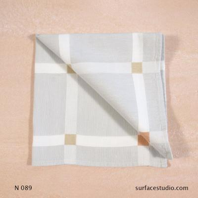 N 089 White and Grey Checkered Napkin
