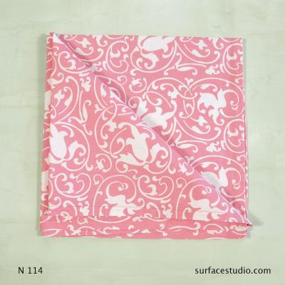 N 114 Pink and White Paisley Napkin