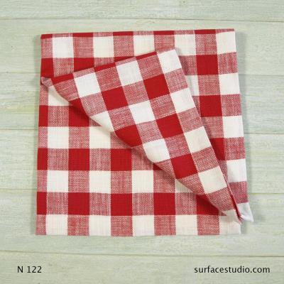 N 122 Red Checkered Napkin