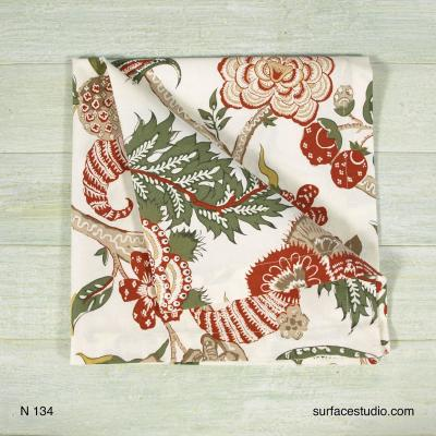 N 134 Red and Green Floral Patterned Napkin